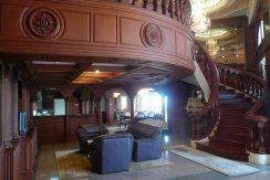 Silver Beach Penthouse Condo zum Verkauf