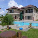 Freistehende Pool Villa