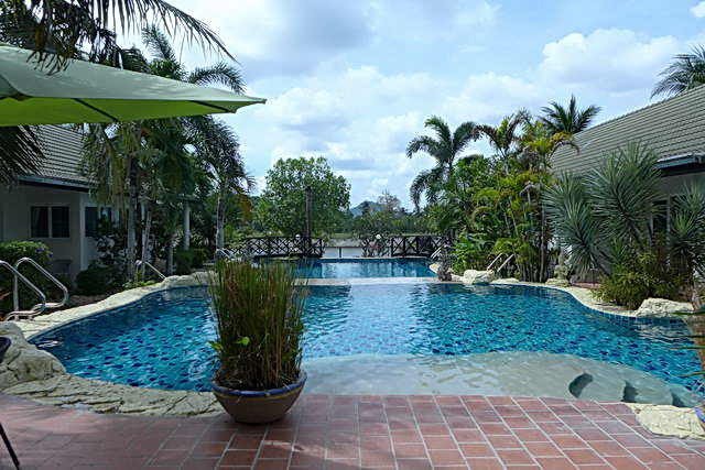 Phoenix Golf Course Lakeside Luxury Resort Style Villa for Sale