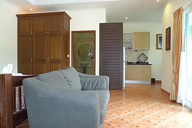 living area 380 sqm