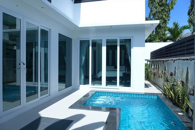 Palm Oasis Modern Thai Luxus Pool Villa zum Verkauf