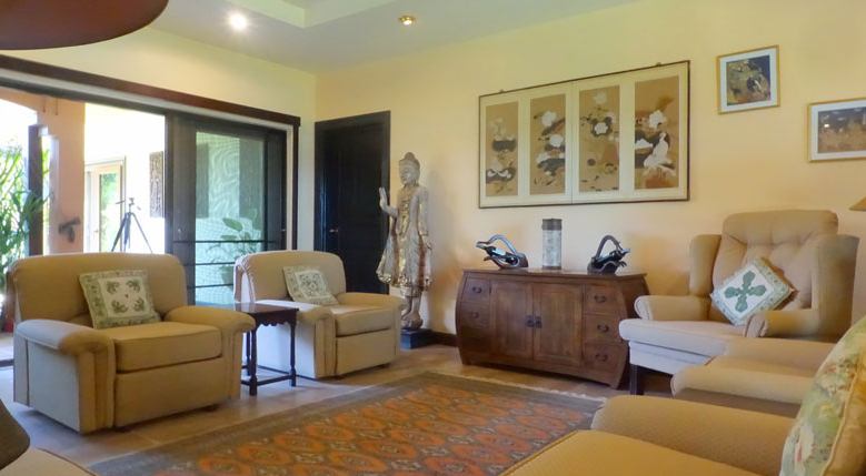 Pattaya Poolvilla mit Seeblick und eigenem Seeufer 11