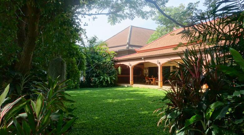 Pattaya Poolvilla mit Seeblick und eigenem Seeufer 16