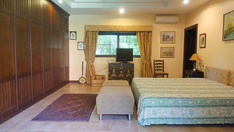 Pattaya Poolvilla mit Seeblick und eigenem Seeufer 19
